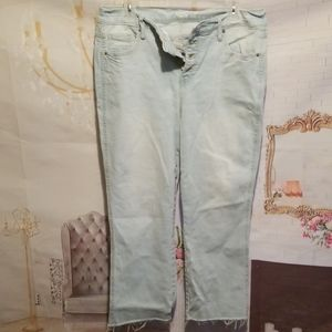 OLD NAVY ANKLE FLARE HIGH RISE JEANS 👖
